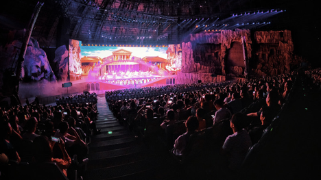 There are no empty seats in the show of legend series of Huaxia Performance!